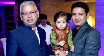 Veteran spinner Piyush Chawla loses father to COVID