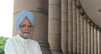 2G case: Happy you are vindicated, Manmohan tells A Raja