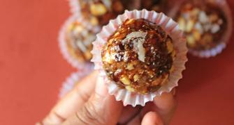 Winter Recipe: How to make Dry Fruit Laddoo