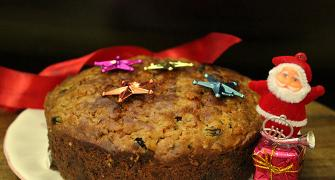 Recipe: How to make Eggless Fruit Cake