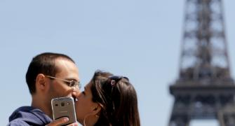 Top 10 most popular cities for selfies