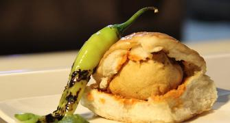 Vada pav or samosa pav: Vote for your favourite street food!