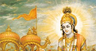 5 life lessons Krishna teaches us
