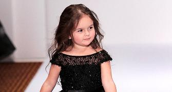 #CutenessOverload: Check out this 3 yr old model