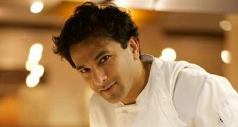 Chef Vikas Khanna eats at this roadside stall
