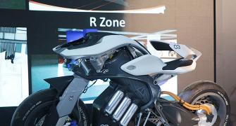 First look video: The A.M.A.Z.I.N.G Yamaha Motoroid!