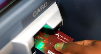 How to use ATMs smartly to avoid hassles