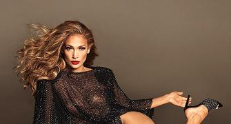 JLo shows off toned legs in new shoe campaign