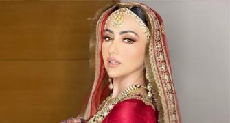 Wah! Sana looks breathtaking as a bride
