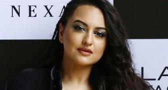 Too hot! Sonakshi rocks the slit dress