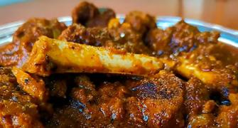 SEE: How to make Punjabi mutton gravy