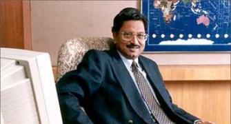 Hyd court stays Bad Boy Billionaries on Raju's appeal