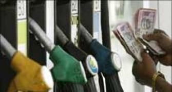 IOC, HPCL, BPCL losing Rs 265 cr a day