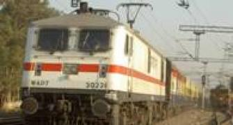 CAG finds holes in railways safety plan