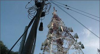 SC ire at Centre, telecom cos for altering AGR order