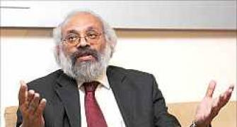 Corporate bond market key to infra financing: Gokarn
