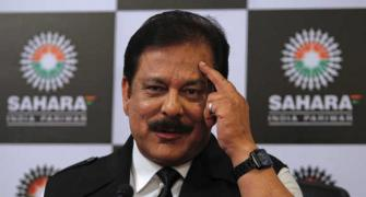 SC prevents Subrata Roy from leaving India