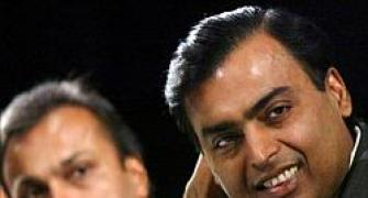 RIL parks over Rs 800 cr in Anil-led Reliance Group MFs