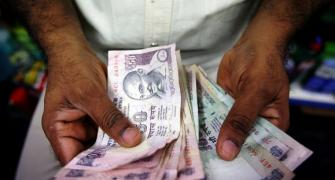Why rupee will continue to remain weak
