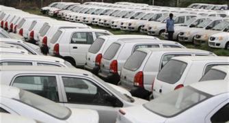 In reverse gear: Maruti reports 33.5% fall in sales
