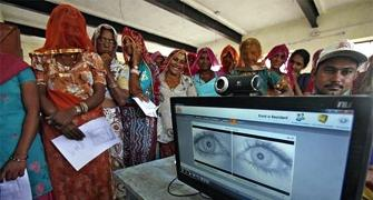 World Bank hails Aadhaar, India saves $1 billion per annum