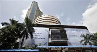 Sensex hovers around 25,500; Infosys up 2%