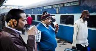 Railways to borrow Rs 13,800 cr in 2014-15