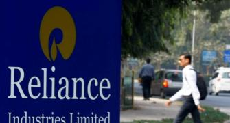 Reliance posts biggest quarterly profit in 8 years at Rs 7,398 cr