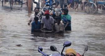 IT, auto majors suspend operations in flood-hit Chennai