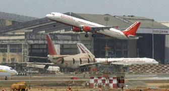 Govt to develop 25 regional airports, says Jaitley