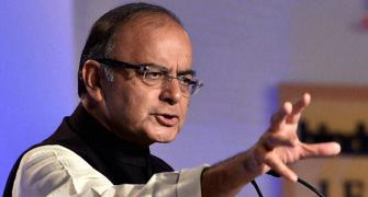 Jaitley faces tough task; has to please both farmers and investors