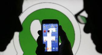 US sues Facebook over acquiring WhatsApp, Instagram