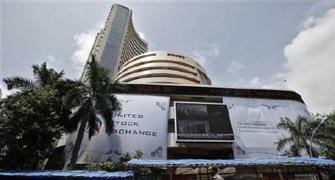 Sensex, Nifty crack 1% as global markets slip into red