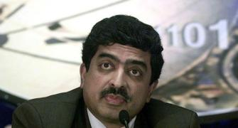 Infosys audit arm to probe CEO, CFO: Nilekani