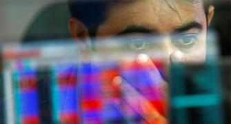 Sensex tumbles 341 points on weak global cues