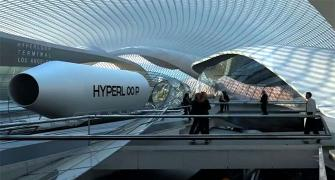 Branson to meet Thackeray over Mumbai-Pune Hyperloop