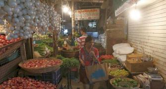 Average inflation dips to 6-yr low of 3.3% in 2017-18: Survey