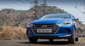 Hyundai Elantra is good for a pleasant driving experience