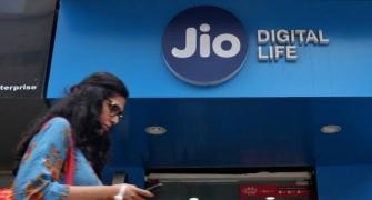 Jio beats Bharti Airtel, adds 4.3 million users in Feb