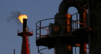 3 reasons why fall in crude prices won't benefit India