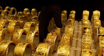 Buying Gold? Avoid unregulated deposit schemes