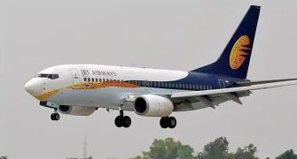 Jet seeks shareholders' nod to turn debt into equity