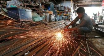 Election uncertainty slows manufacturing growth in Apr