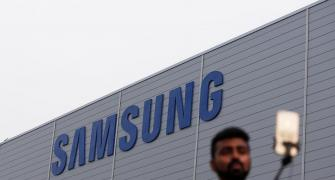 India's smartphone biz: It's advantage Samsung for now