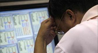 Investors become poorer by Rs 14.22 lakh crore