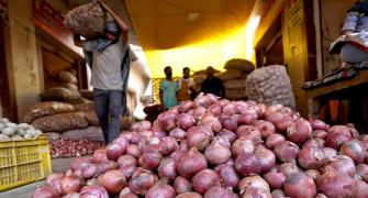 Govt imposes stock limits to curb onion prices
