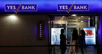 Rs 25 cr fine slapped on Yes Bank in AT-1 bonds case