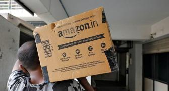 SC stays proceedings before HC in Amazon Future case