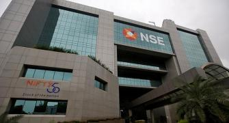 FPIs' holding in NSE-listed cos hit 5-yr high in Q3