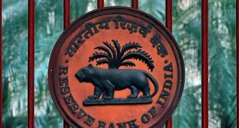 RBI to crack whip on recovery agents; restrict apps